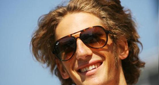 Romain-Grosjean-en-piste-avec-la-R29
