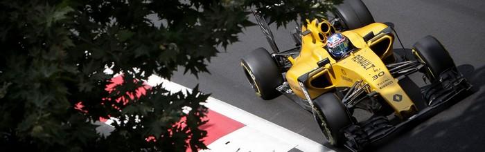 La-piste-Carlos-Sainz-Jr-se-rechauffe-pour-Renault
