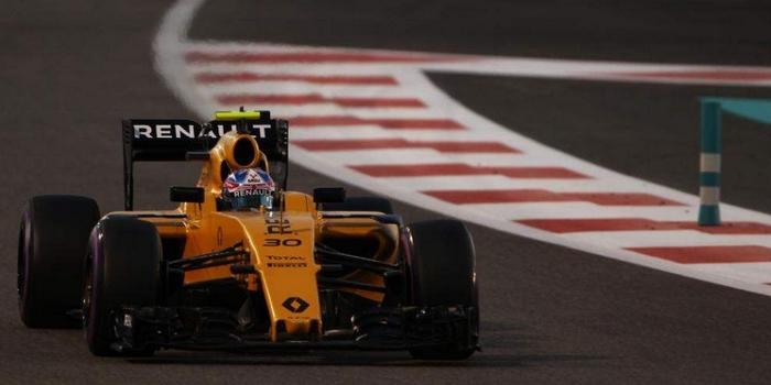 Renault-reste-a-sa-place-pour-la-derniere-qualification-de-la-saison