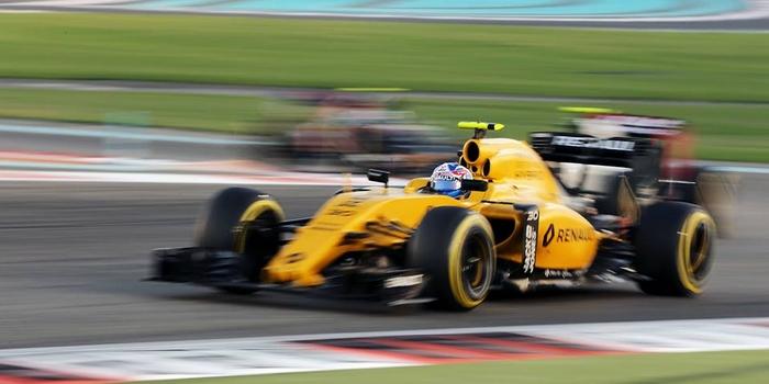 Renault-annonce-l-arrivee-de-Ciaron-Pilbeam