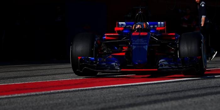 Carlos-Sainz-Jr-ne-veut-pas-penser-a-la-rumeur-Renault