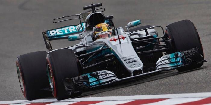 Chine-Course-Le-week-end-parfait-de-Lewis-Hamilton