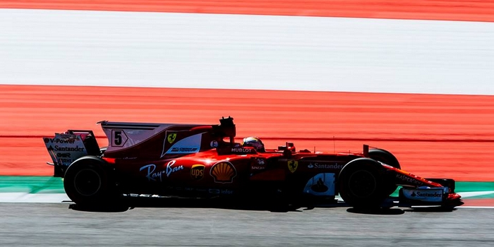 Autriche-EL3-Sebastian-Vettel-repond-a-Lewis-Hamilton