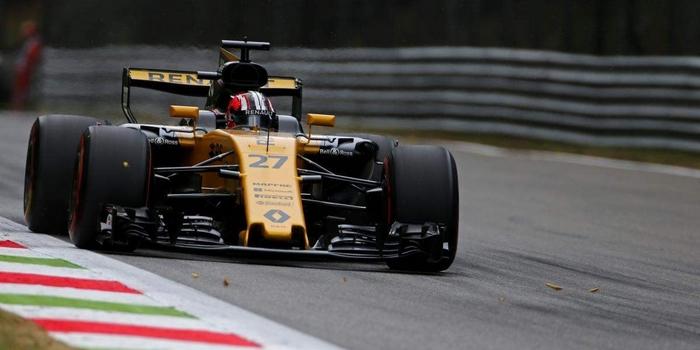 Renault-reste-discret-a-Monza-mais-en-a-encore-sous-la-pedale