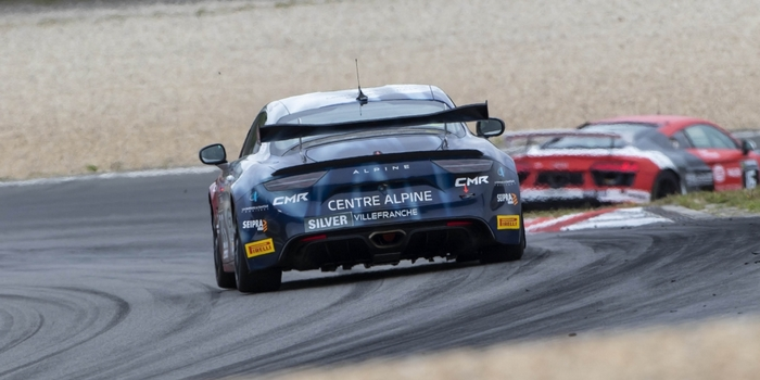 Performante-au-Nurburgring-l-Alpine-A110-GT4-se-place-pour-2019
