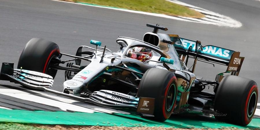 Grande-Bretagne-Course-Lewis-Hamilton-imperial-devant-son-public