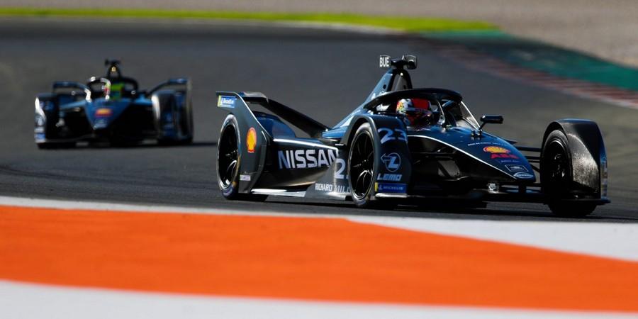 Nissan-surpris-positivement-par-le-niveau-de-son-IM02
