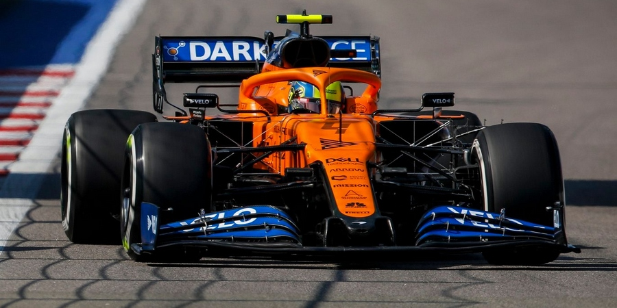 Russie-EL3-les-moteurs-Renault-en-embuscade-de-Mercedes