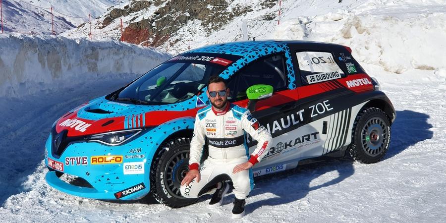 Renault-de-nouveau-a-l-attaque-du-e-Trophee-Andros-avec-DA-Racing