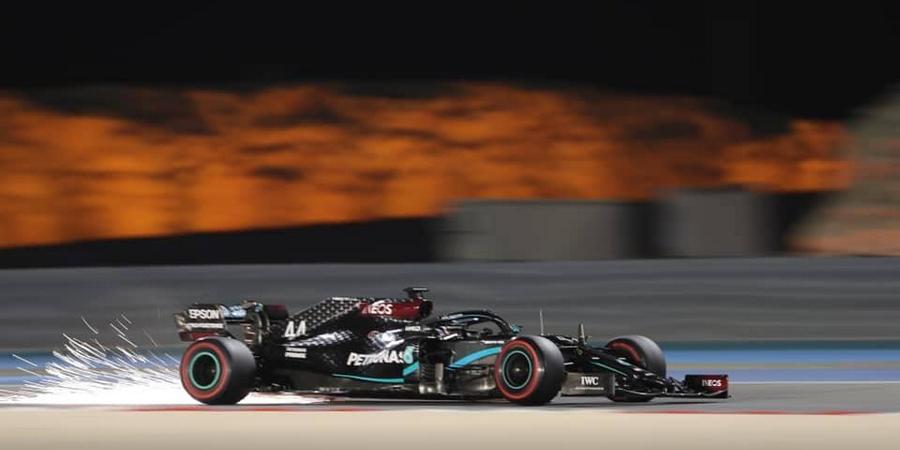 Bahrein-Course-Romain-Grosjean-miracule-Lewis-Hamilton-s-impose