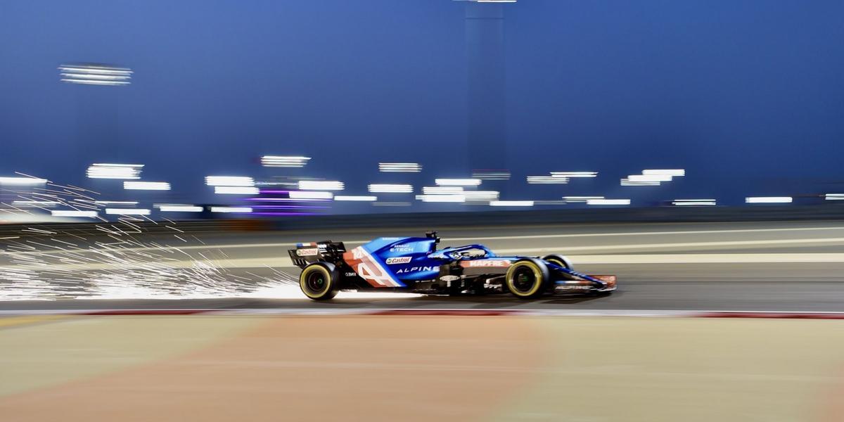 A-Bahrein-un-vendredi-discret-avant-du-mieux-pour-Alpine-Renault