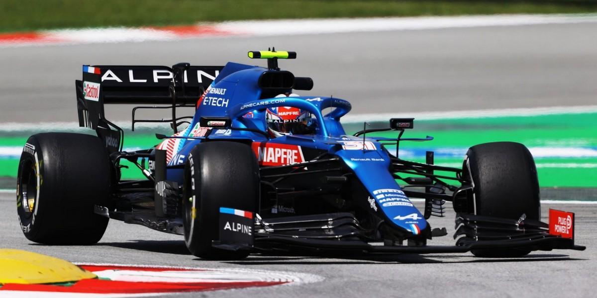 Espagne-Qualif-la-100e-pole-pour-Lewis-Hamilton-une-3e-ligne-pour-Alpine