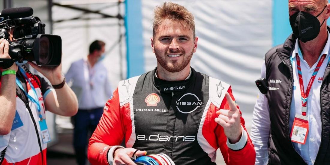 ePrix-de-Puebla-Courses-1-2-du-cauchemar-au-podium-pour-Nissan
