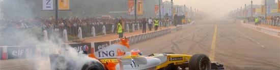 Roadshow-Fernando-Alonso-se-prepare-pour-Oviedo