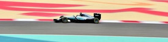 Bahrein-EL1-Mercedes-comme-un-poisson-dans-l-eau