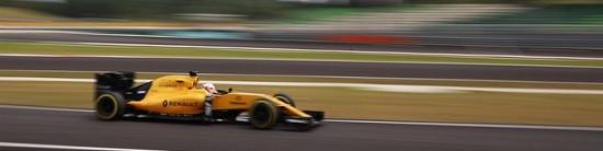 Renault-retrouve-des-couleurs-apres-ses-deux-tops-10
