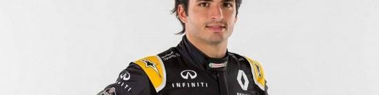 Carlos-Sainz-Jr-s-affiche-avec-ses-nouvelles-couleurs-Renault