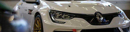 La-Renault-Megane-R-S-TCR-debarque-en-TCR-Europe