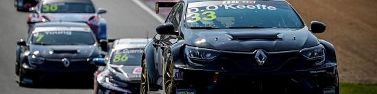 Renault-debute-positivement-son-aventure-en-WTCR
