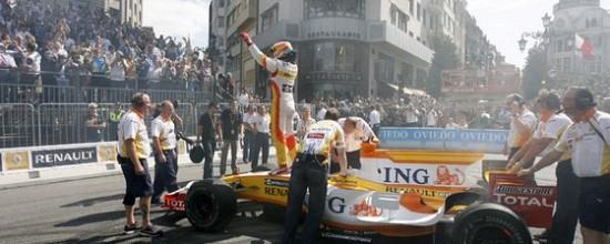 Fernando-Alonso-fait-le-show-a-Oviedo