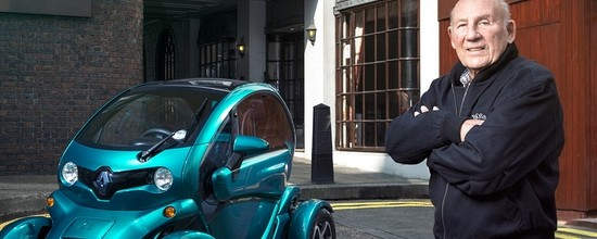 Quand-Sir-Stirling-Moss-fait-la-promotion-du-Renault-Twizy-Video