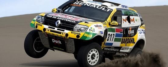 Dakar-2016-Renault-Duster-Dakar-Team-presente-son-nouveau-Duster