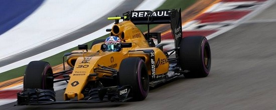 Renault-decu-de-ses-qualifications-a-Singapour