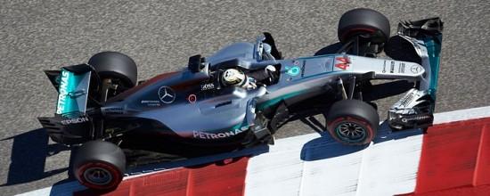 Abu-Dhabi-J1-Hamilton-et-Rosberg-deja-au-coude-a-coude