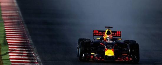 Chine-Jour-1-une-journee-blanche-pour-la-Formule-1