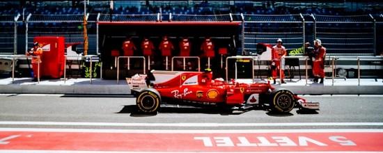Russie-EL3-Ferrari-en-grande-forme-devant-Mercedes