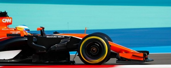 Fernando-Alonso-tarde-a-signer-avec-McLaren-Renault
