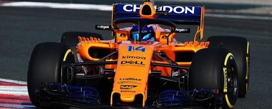 Fernando-Alonso-enthousiaste-devant-sa-nouvelle-McLaren-Renault-MCL33