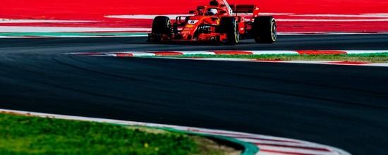 Barcelone-EPJ5-Ferrari-se-regale-McLaren-a-la-peine