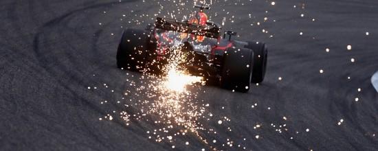 Changement-de-moteur-express-chez-Red-Bull-pour-se-qualifier-en-3eme-ligne
