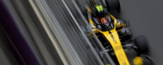 Carlos-Sainz-Jr-offre-de-gros-points-a-Renault