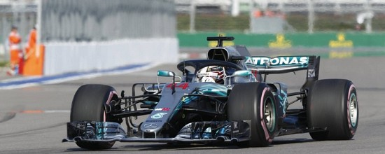 Russie-Course-Lewis-Hamilton-pour-une-victoire-controversee