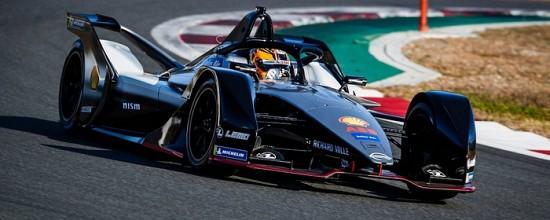 Nissan-lance-ce-week-end-son-aventure-en-Formule-E