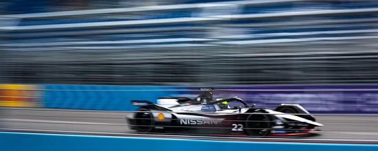 Nissan-a-la-poursuite-de-sa-premiere-victoire-en-Formule-E