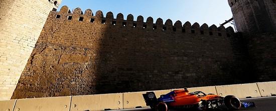Baku-Vendredi-Une-premiere-journee-animee-pour-Renault-McLaren-et-consorts