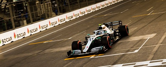 Baku-Course-Valtteri-Bottas-emmene-un-quatrieme-double-Mercedes