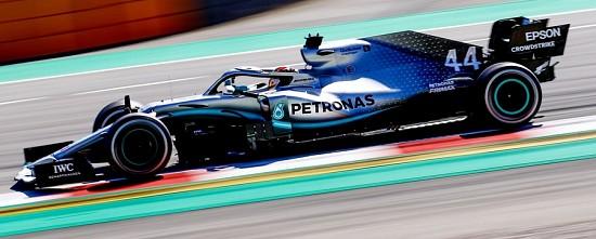 Barcelone-EL-3-Lewis-Hamilton-prend-le-relais-pour-Mercedes