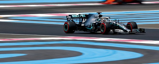 France-Course-Mercedes-en-vainqueur-incontestable