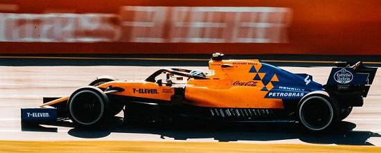McLaren-souligne-la-progression-de-Renault-et-nuance-ses-propos