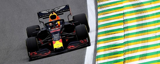 Course-Bresil-Max-Verstappen-s-impose-dans-un-final-completement-fou