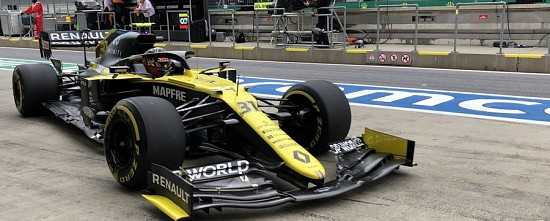 Autriche-EL2-Mercedes-hausse-le-ton-Renault-dans-le-bon-rythme