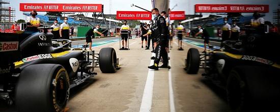 Barcelone-Jour-1-Mercedes-domine-Renault-se-montre