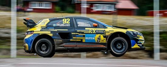 Les-Renault-se-montrent-pour-la-premiere-du-World-RX-2020-en-Suede