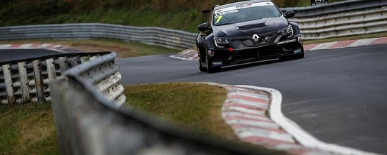 L-Enfer-vert-a-eu-raison-de-la-Renault-Megane-R-S-TCR-en-WTCR