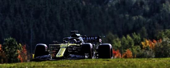 Eifel-Course-Renault-tient-son-podium-Cyril-Abiteboul-son-tatouage