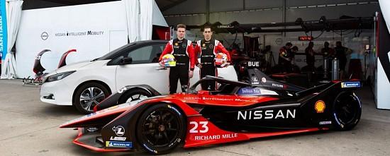 Nissan-prolonge-Sebastien-Buemi-et-Oliver-Rowland